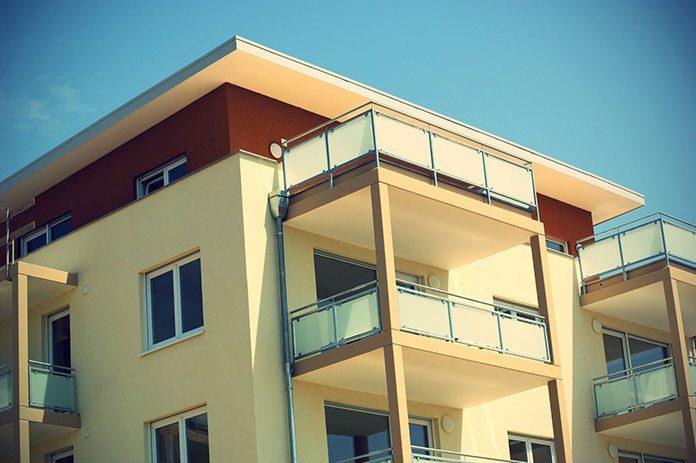 Jak uzyskać pieniądze z ubezpieczenia po zalaniu mieszkania? Jakie formalności należy spełnić? Krótki poradnik